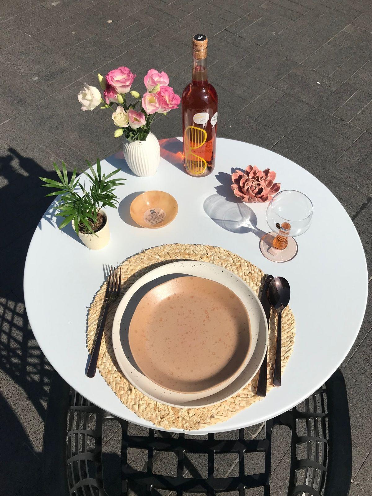 tafel dekken roze